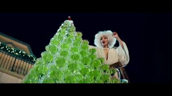 Smirnoff No. 21 Vodka TV Spot, 'Tree Topping' Featuring Laverne Cox, Song by Ella Fitzgerald - Thumbnail 5