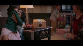 Amazon TV Spot, 'Holidays: Entertaining' - Thumbnail 6
