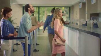 NAPA Auto Parts TV Spot, 'Tu idioma: NightVision Brilliant' [Spanish] - Thumbnail 1