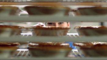 Perkins Restaurant & Bakery TV Spot, 'Steak Dinner + Holiday Bake Shop' - Thumbnail 9