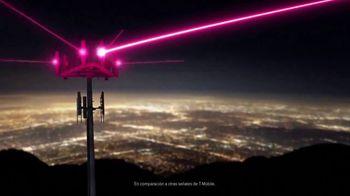 T-Mobile TV Spot, 'iPhone 11: cuatro líneas ilimitadas' canción de Aerosmith [Spanish] - Thumbnail 2