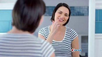 Crest Gum Detoxify TV Spot, 'Irritated' - Thumbnail 1