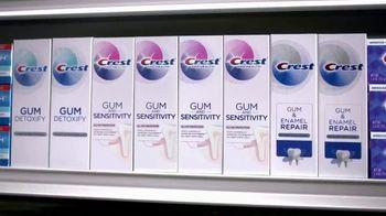 Crest Gum Detoxify TV Spot, 'Irritated' - Thumbnail 9