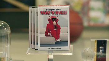 AT&T Wireless TV Spot, 'Basketball Fan' - Thumbnail 4