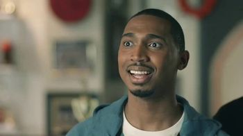 AT&T Wireless TV Spot, 'Basketball Fan' - Thumbnail 7