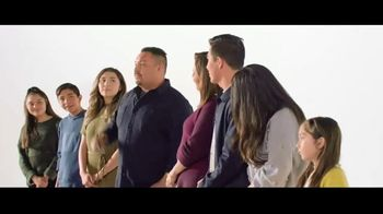 Verizon TV Spot, 'Aceves Family: Apple Music + $700'