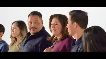 Verizon TV Spot, 'Aceves Family: Apple Music + $700' - Thumbnail 5