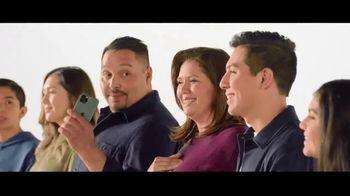 Verizon TV Spot, 'Aceves Family: Apple Music + $700' - Thumbnail 6