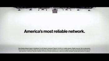 Verizon TV Spot, 'Aceves Family: Apple Music + $700' - Thumbnail 7