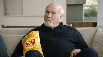 Frito Lay TV Spot, 'Super Bowl!' Featuring Deion Sanders, Terry Bradshaw - Thumbnail 6