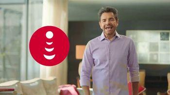 DishLATINO TV Spot, 'Es por ti' con Eugenio Derbez [Spanish] - Thumbnail 1