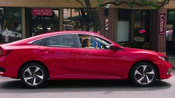 2019 Honda Civic TV Spot, 'Neighborhood Pride' [T2] - Thumbnail 2