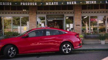 2019 Honda Civic TV Spot, 'Neighborhood Pride' [T2] - Thumbnail 6