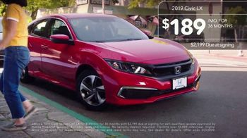 2019 Honda Civic TV Spot, 'Neighborhood Pride' [T2] - Thumbnail 8