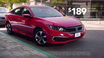 2019 Honda Civic TV Spot, 'Neighborhood Pride' [T2] - Thumbnail 9
