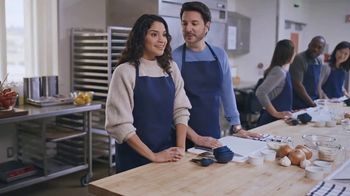 AT&T Wireless TV Spot, 'OK: Paella Class' - Thumbnail 2