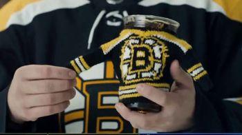 Dunkin' TV Spot, 'Talkin' Hockey: Sweater' Feat. Kendall Coyne Schofield, David Pastrňák - Thumbnail 4