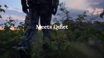 L.L. Bean Ridge Runner Storm Hunting TV Spot, 'Where Dry Meets Quiet' - Thumbnail 6