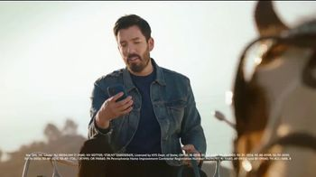ADT TV Spot, 'Watch the Big Game with Drew and Jonathan Scott!' - Thumbnail 7