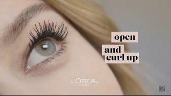 L'Oreal Paris Cosmetics Bambi Eye Mascara TV Spot, 'Eye Opening Results' Featuring Aja Naomi King - Thumbnail 6