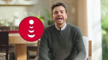 DishLATINO TV Spot, 'Cámbiate' con Eugenio Derbez [Spanish] - Thumbnail 1