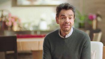 DishLATINO TV Spot, 'Cámbiate' con Eugenio Derbez [Spanish] - Thumbnail 8