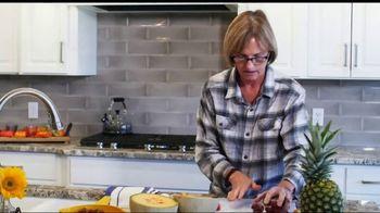 Edible Arrangements TV Spot, 'Focus on What Matters' - Thumbnail 2