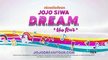 JoJo Siwa D.R.E.A.M. the Tour TV Spot, 'Holiday Wishlist' - Thumbnail 10