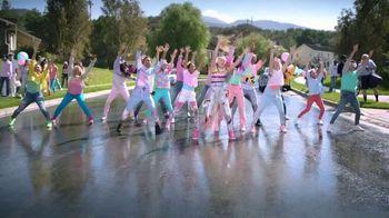 JoJo Siwa D.R.E.A.M. the Tour TV Spot, 'Holiday Wishlist' - Thumbnail 2