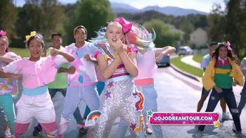 JoJo Siwa D.R.E.A.M. the Tour TV Spot, 'Holiday Wishlist' - Thumbnail 6