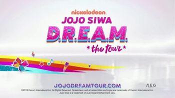 JoJo Siwa D.R.E.A.M. the Tour TV Spot, 'Holiday Wishlist' - Thumbnail 9