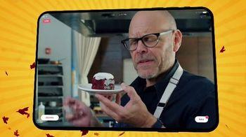 Food Network Kitchen App TV Spot, 'ThanksWinning: Around the Corner' Featuring Michael Symon - Thumbnail 9