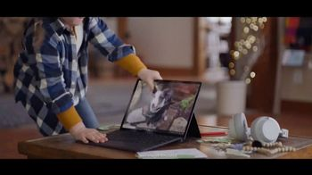 Microsoft TV Spot, 'Holiday Magic: Lucy & the Reindeer' - Thumbnail 5