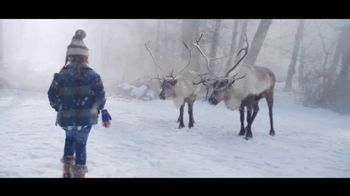 Microsoft TV Spot, 'Holiday Magic: Lucy & the Reindeer' - Thumbnail 7