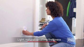 Febreze ONE TV Spot, 'Brand Power: Innovative: Bamboo and Lavender' - Thumbnail 5