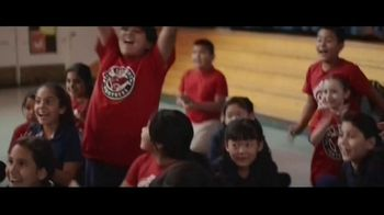 Ally Bank TV Spot, 'Happy Banksgiving' Song by Wilco - Thumbnail 8