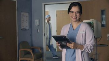AT&T Wireless TV Spot, 'Holidays: OK Surgeon: $35' - Thumbnail 2