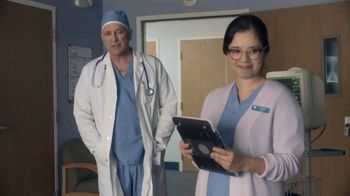 AT&T Wireless TV Spot, 'Holidays: OK Surgeon: $35' - Thumbnail 4