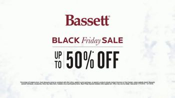 Bassett Black Friday Sale TV Spot, 'Accent Chairs, Dining Set and Recliners' - Thumbnail 8
