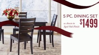 Bassett Black Friday Sale TV Spot, 'Accent Chairs, Dining Set and Recliners' - Thumbnail 3