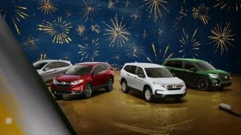 Happy Honda Days TV Spot, 'Unwrap the Joy: To You and Yours' Song by Earth, Wind and Fire [T1] - Thumbnail 9
