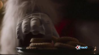 Crest TV Spot, 'The Official Toothpaste of Santa' Song by Geoffrey Gascoyne & James Pierpont - Thumbnail 3