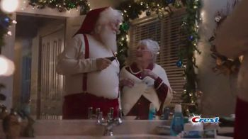 Crest TV Spot, 'The Official Toothpaste of Santa' Song by Geoffrey Gascoyne & James Pierpont - Thumbnail 8