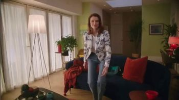 Macy's TV Spot, 'Switch it Up: Spring Fashion' - Thumbnail 6