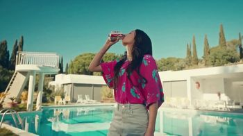 Diet Coke TV Spot, 'Drink What Your Mama Gave Ya: Copycat' - Thumbnail 10
