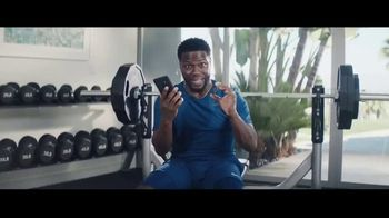 Chase Freedom Unlimited Card TV Spot, 'With Freedom Unlimited, You're Always Earning With Online Purchases' Featuring Kevin Hart - Thumbnail 5