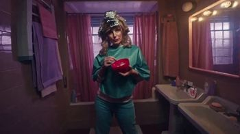 Diet Coke TV Spot, 'Drink What Your Mama Gave Ya: Rideshare' - Thumbnail 4
