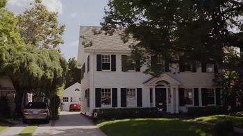 Benjamin Moore TV Spot, 'See the Love: Drive' - Thumbnail 3