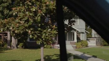 Benjamin Moore TV Spot, 'See the Love: Drive' - Thumbnail 4