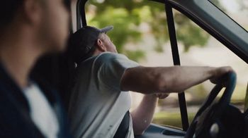 Benjamin Moore TV Spot, 'See the Love: Drive' - Thumbnail 8